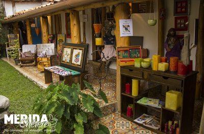 Llena de Gracia - Tienda -Restaurant - Pizzeria - Galería - Café 1