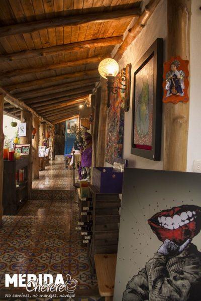 Llena de Gracia - Tienda -Restaurant - Pizzeria - Galería - Café 5